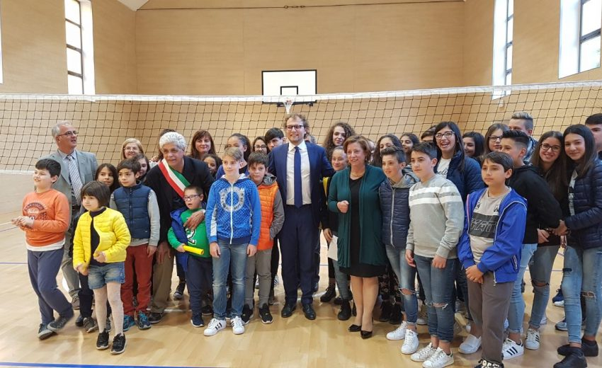 05/2017 - Luca Lotti Inaugurazione palestra scuola Calangianus