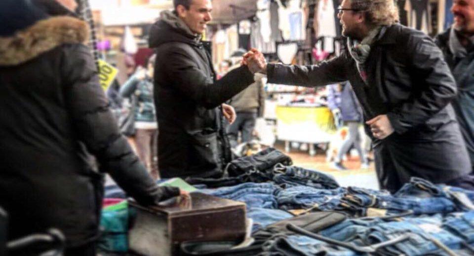 Luca Lotti al mercato di Montelupo Fiorentino